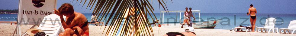 Auf einer meiner Reisen an einem Strand in der Karibik